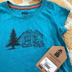 REI girls BNWT T-shirt